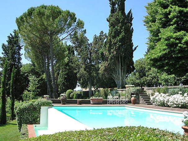 Luxusferienwohnungen in einer Villa in Montespertoli hier finden