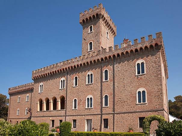 Das Castello Pasquini zählt zu den Sehenswürdigkeiten bei Urlaub in Castiglioncello
