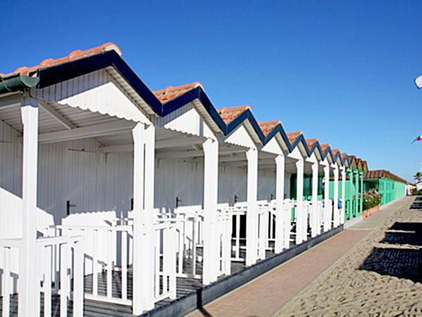 Strandkabinen am Badestrand in Forte dei Marmi