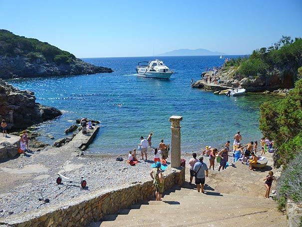 Strand auf der Insel Giannutri