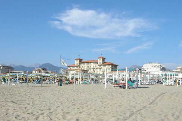 Strand in Viareggio an der Versilia Küste