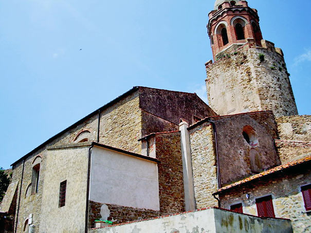 Kirche San Giovanni Baptista