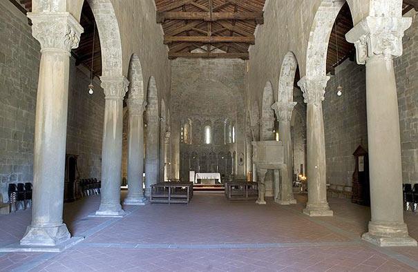 Pieve di San Pietro a Gropina