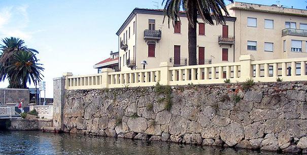 Etruskische Kaimauer in Orbetello