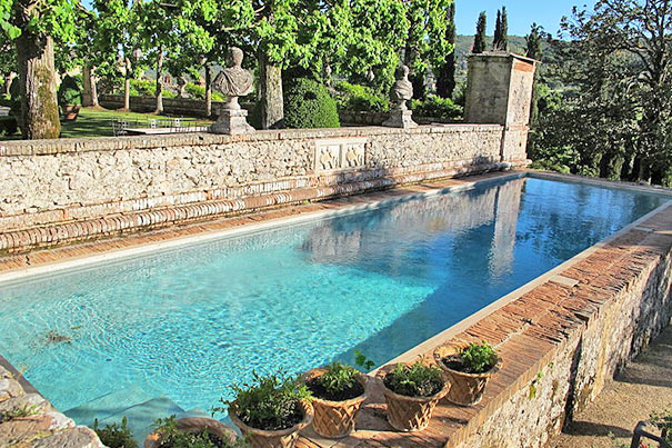 Pool der Villa Cetinale in Sovicille