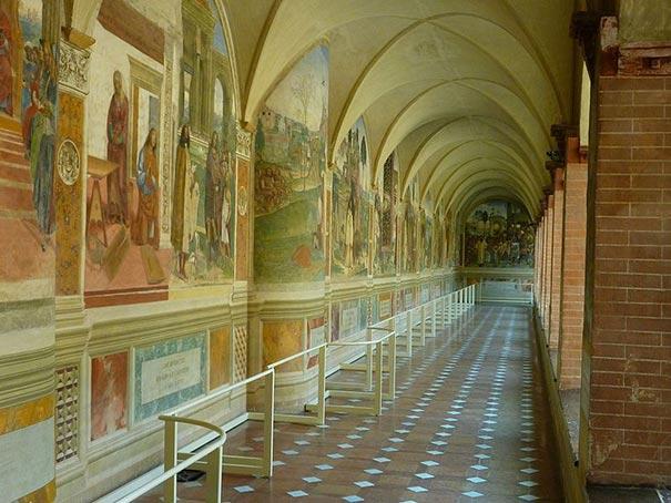 Der Kreuzgang im Monte Oliveto Maggiore