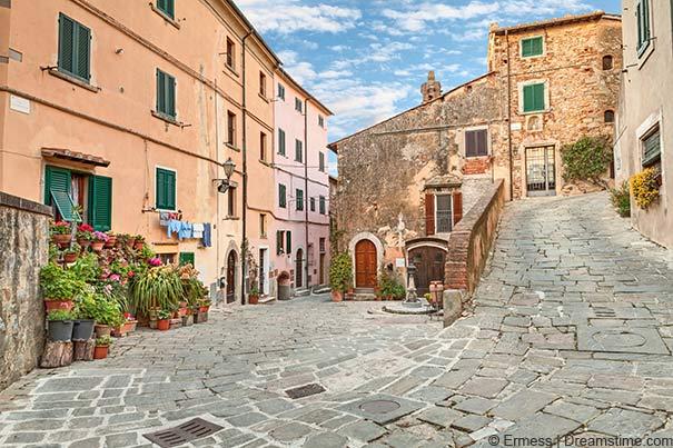 Castagneto Carducci Altstadt