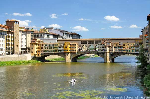 Die Brücke Ponte Veccio in Florenz