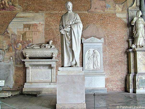 die Statue von Leonardo