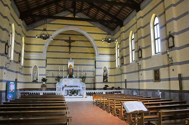 Die Kirche Santa Barbara in Rio Marina