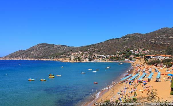 Blick auf den Strand von Giglio