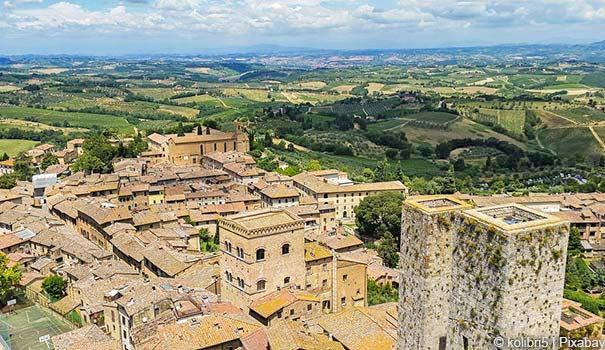 Blick auf die historische San Gimignano