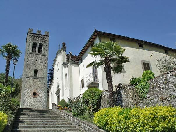 Die Kirche Santi Pietro e Paolo in Fornoli