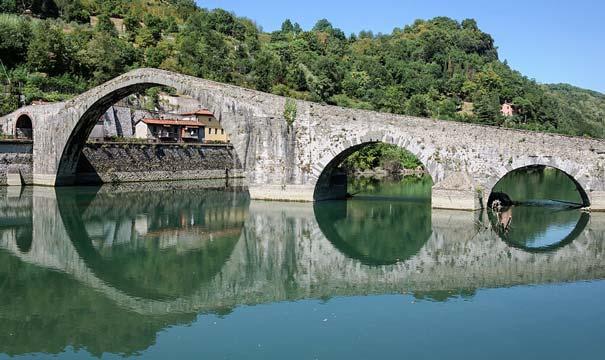 Teufelsbrücke in Borgo a Mozzano