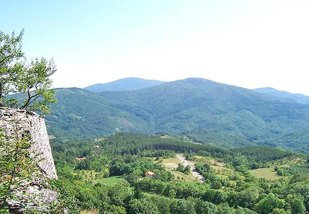 Das Casentino-Tal bei Chiusi della Verna