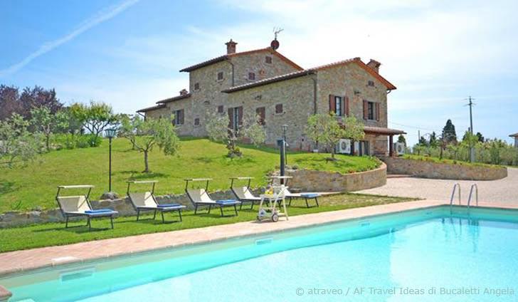 Ferienhaus im Val di Chiana in typisch toskanischer Villa