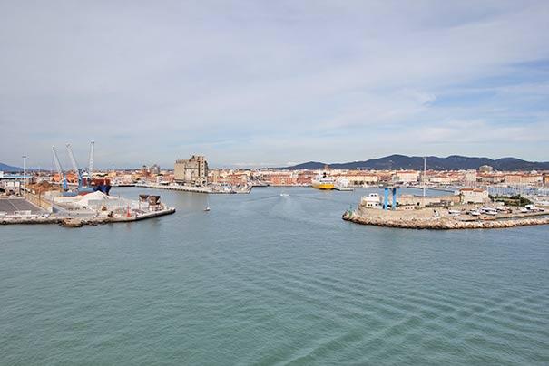 Der Hafen Livorno