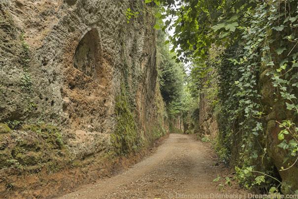 Via Cava zu den Etruskische Nekropolen bei Sovana